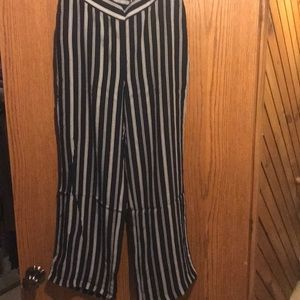 Light weight striped pants with elastic waist NWT